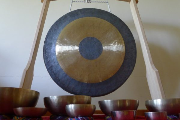 24.11 g.18.00 KONCERT relaksacyjny GONGU TAM-TAM i mis tybetańskich!