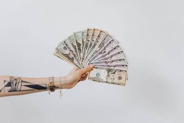 Prosto o przyciąganiu pieniędzy i dobrobytu.